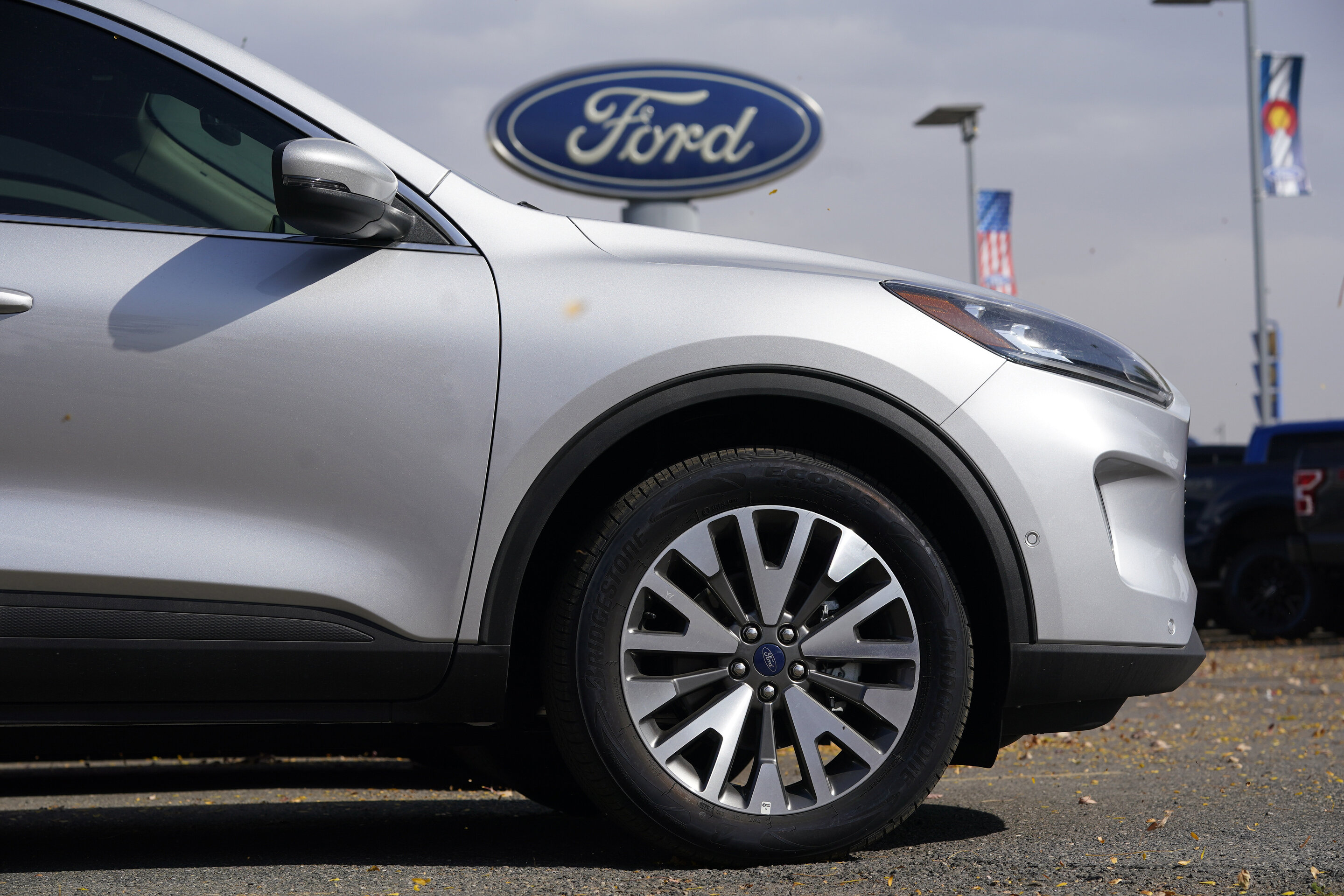 Post-Pandemic Effect: Ford Cutting Down Production Volume