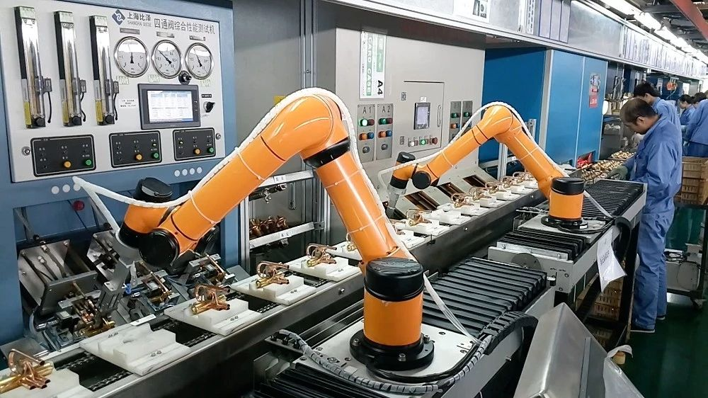 Robotics and Automation: How Manufacturing Would Look in The Next Decade?